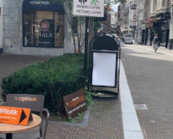 Carl vraagt streng optreden tegen fietsers in winkelstraten